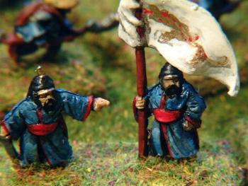 FZ48 Chinese Boxer infantry officer and FZ49 standard bearer.