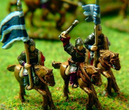 Norman Cavalry Officer (V83) and Standard Bearer (V84)