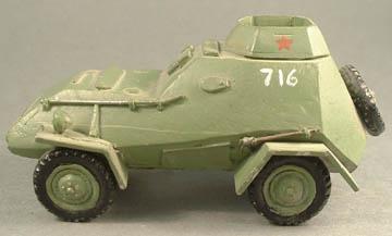 LWRU 16 BA 64 Armoured Car plus crewman