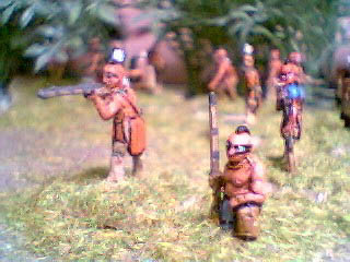NIW2 Mohican standing firing, NIW28 Mohican kneeling with musket