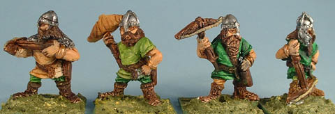 F33 Four assorted dwarf crossbowmen