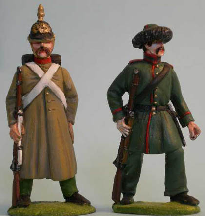Russian Infantry standing, Russian Caucasian Rifleman advancing